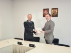 Marijampolės savivaldybės ir Marijampolės pataisos namų pasirašyta sutartis padės nuteistiesiems lengviau integruotis į visuomenę ir darbo rinką